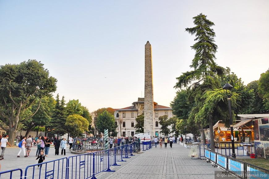 05. Туристов в городе огромное количество (в центре города), их наверно больше чем местных.