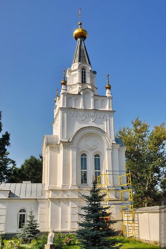 09. Состояние церквей и самого монастыря очень хорошее, можно заходить на территорию.