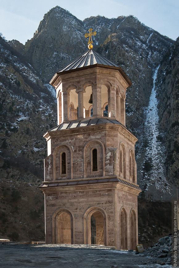 Колокольня церкви архангелов Михаила и Гавриила