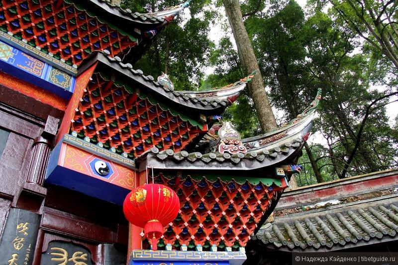 крыша даосского храма