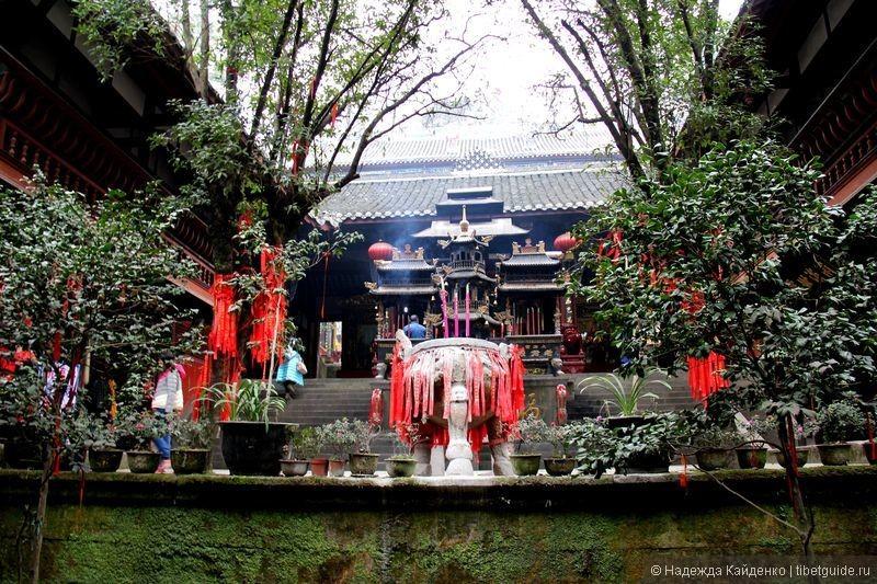 даосский храм на горе Цинчэншань