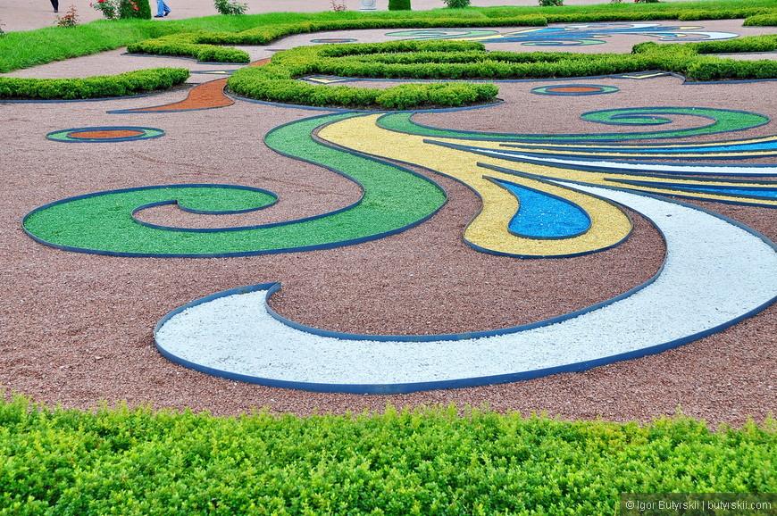 19. Нижний сад действительно очень красивый, одно удовольствие прогуливаться по нему.