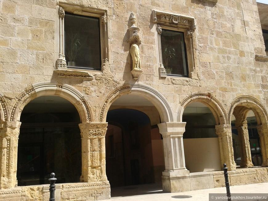 Старое здание Таррагоны.