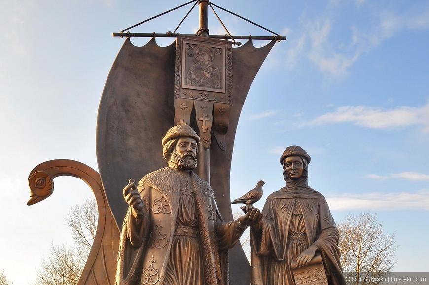 19. Не нашел название памятника, надеюсь, знающие люди подскажут.