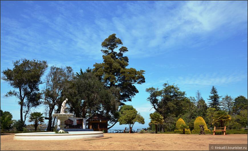 Парк был создан угольном магнатом для  своей жены  Исидоры Коузиньо в 1870 году.