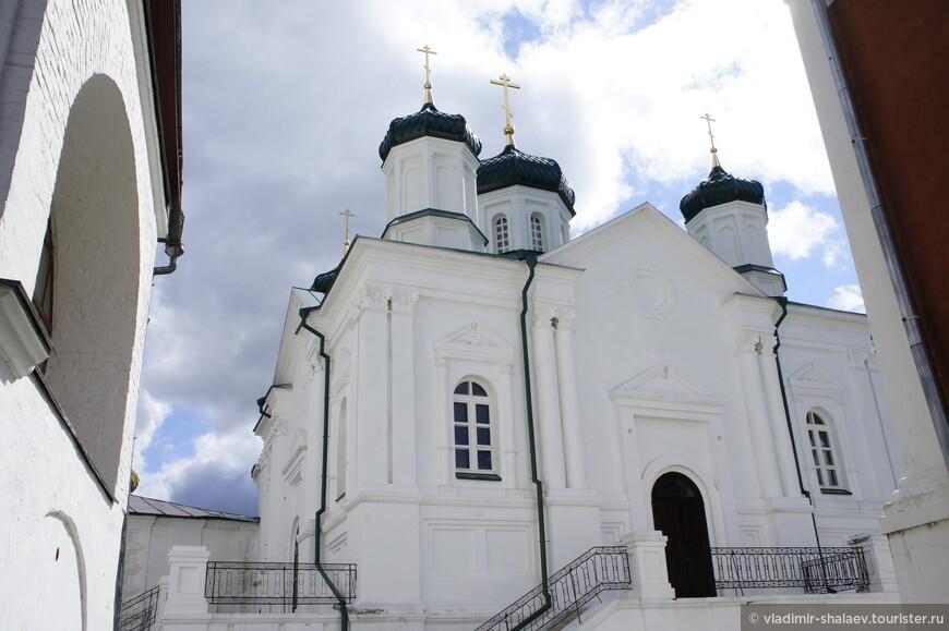 Восстановленная в первозданном виде церковь Рождества Пресвятой Богородицы.
