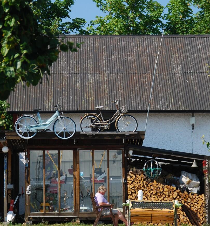 На побережье Форесунд, есть прокат велосипедов, и мастерская по из ремонту.  Ориентировочная стоимость аренды велосипеда  во время высокого сезона - 8-10 евро в сутки.