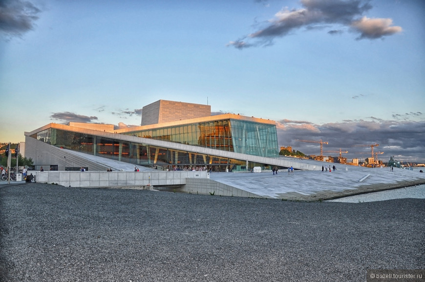 Здание оперного театра