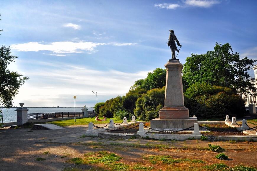 Памятник Петру I, г. Архангельск