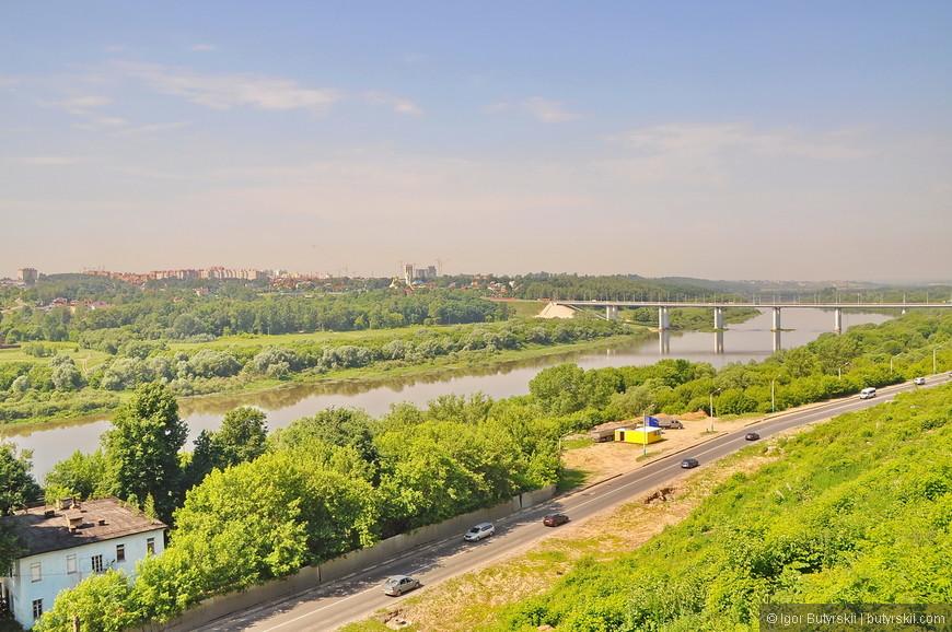 09. Виды на реку великолепны, но для города лучше если бы была набережная вдоль реки.