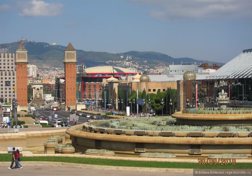 Площадь Испании, поющий фонтан