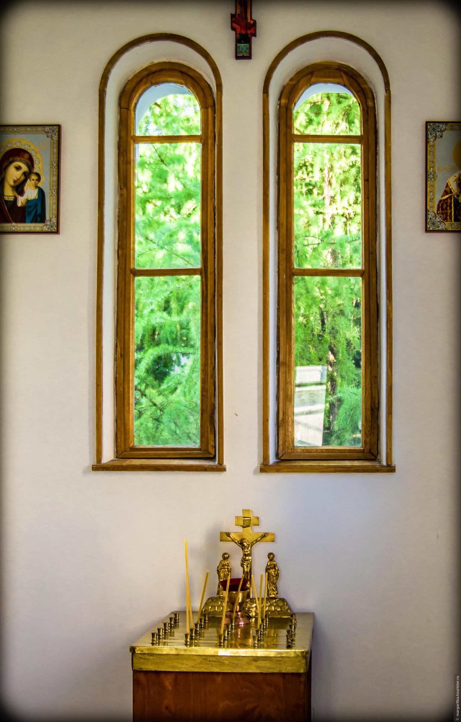 в часовне, Новоспасский монастырь. Москва