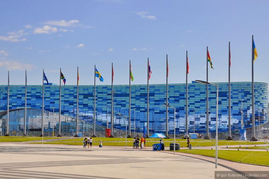 10. Олимпийские объекты, дворцы, стадионы… Все стоит и ждет несколько дней в году когда будут проходить сборы или соревнования… Ну или концерты.
