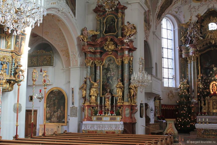 В церкви Святых Петра и Павла.