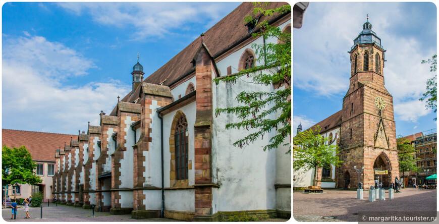 Монастырская церковь является крупнейшей готическая церковью в округе Пфальца. Неф вместе с башей длиной 70 метров, 15 метров высотой и 20 метров в ширину.