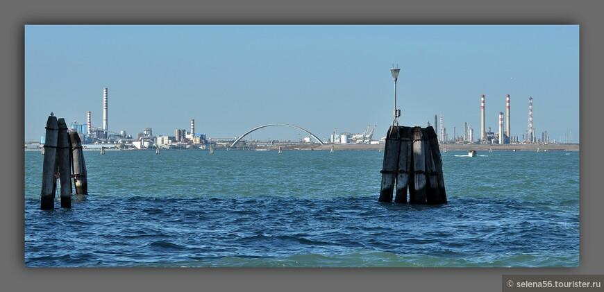 Венеция для меня ассоциируется не с водой ,а  с морем.