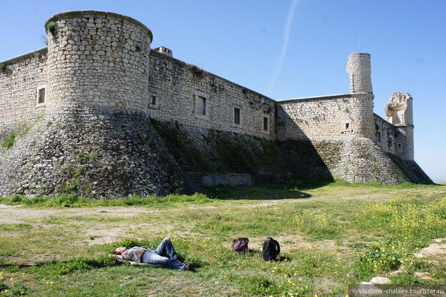 А это та самая крепость.