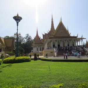 В гостях у кхмерских королей