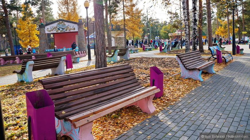 03. Сам парк не сильно меняется с советских времен, но сохраняется в отличном состоянии.
