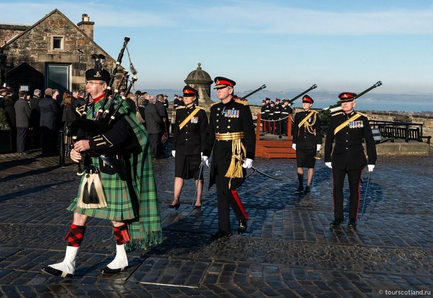 В Эдинбургской Крепости.