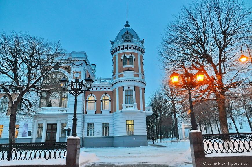 16. В городе можно встретить очень интересную архитектуру, но все же советское время не пощадило исторические здания.
