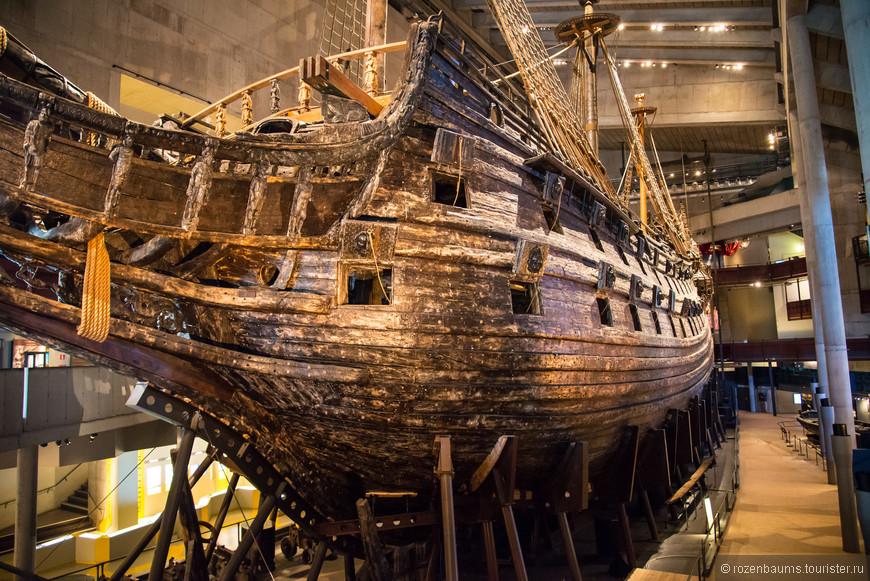 Музей Васа. Единственный в мире сохранившийся корабль 17 века!!! Затонул в свой первый же рейс, в 1628 году. В 1961 году корабль подняли и создали самый посещаемый музей Швеции.