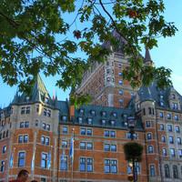 Замок Фронтенак. Замок - в прошлом, сегодня это отель. Но его постояльцы стали легендами еще при жизни.