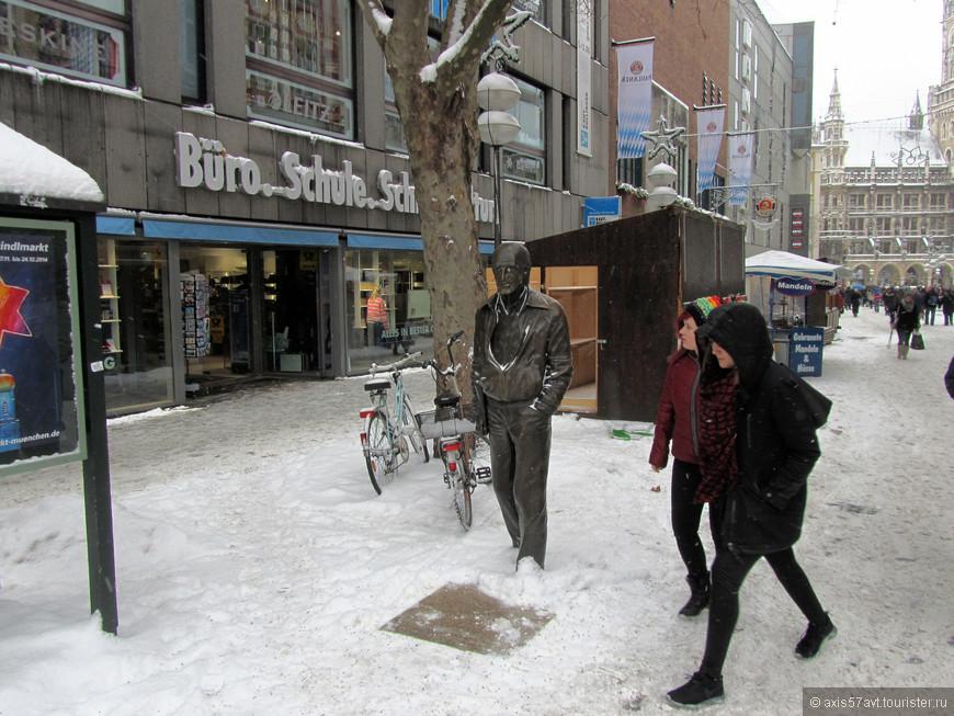 Да, Мюнхен  в снегу. Снегопад шел практически все дни нашего пребывания.