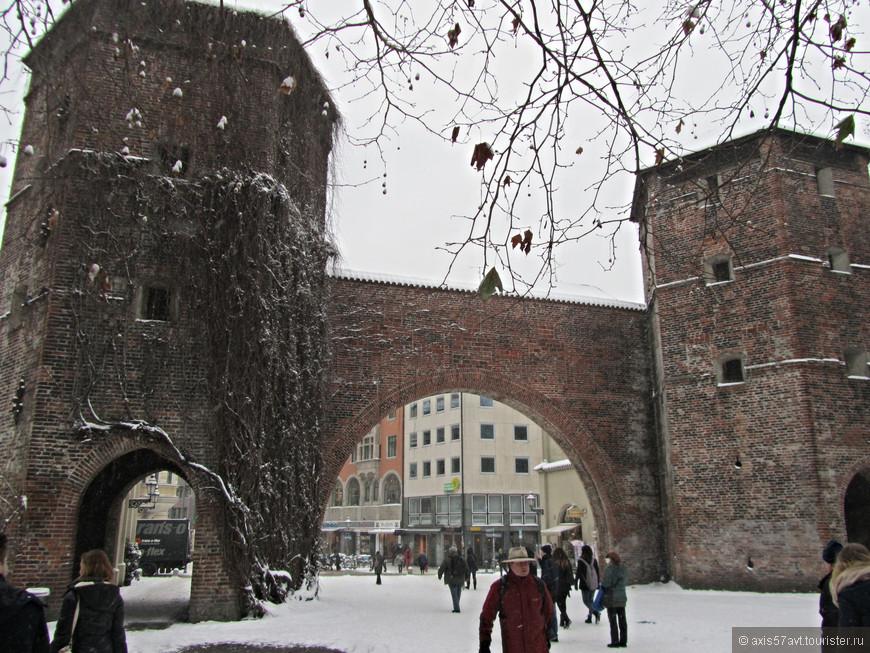 Через Зендлингские ворота нам было удобнее всего заходить в исторический центр Мюнхена.