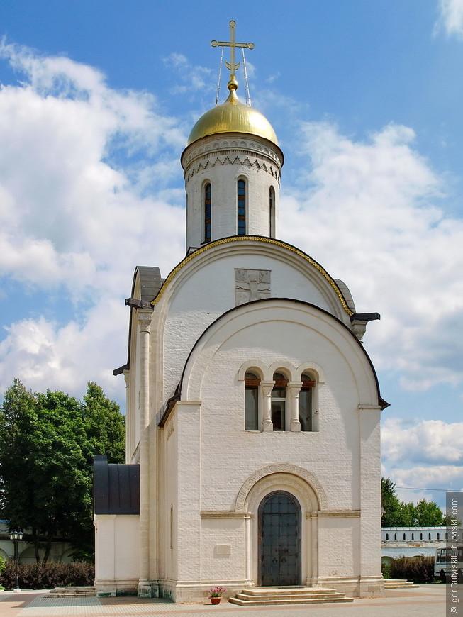 14. Не нашел названия этой церкви, но очень симпатичная.