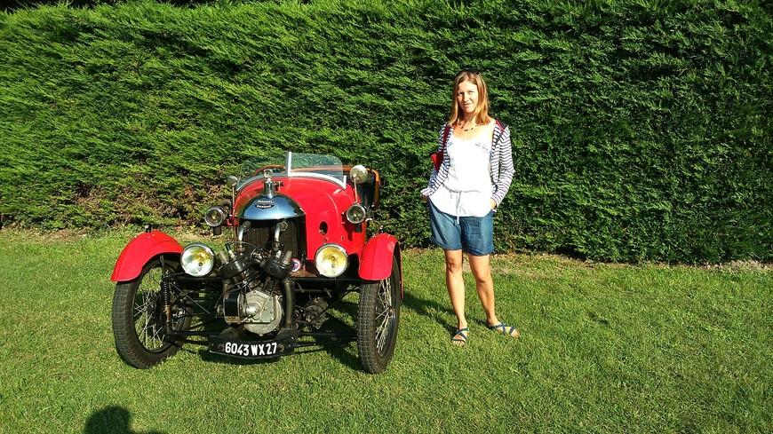 Участвуем в ралли старинных автомобилей с пикником в виноградниках Сомюра