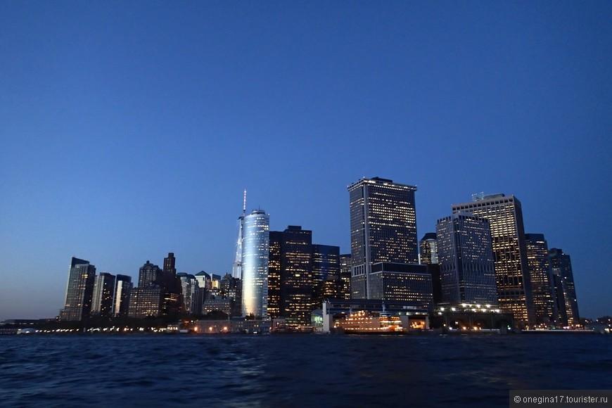 Манхэттен. Словно остров в океане.