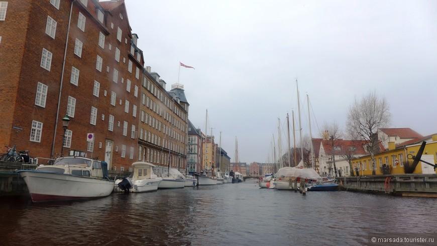 а вот и начался дождь - мы возвращаемся в нашу гавань