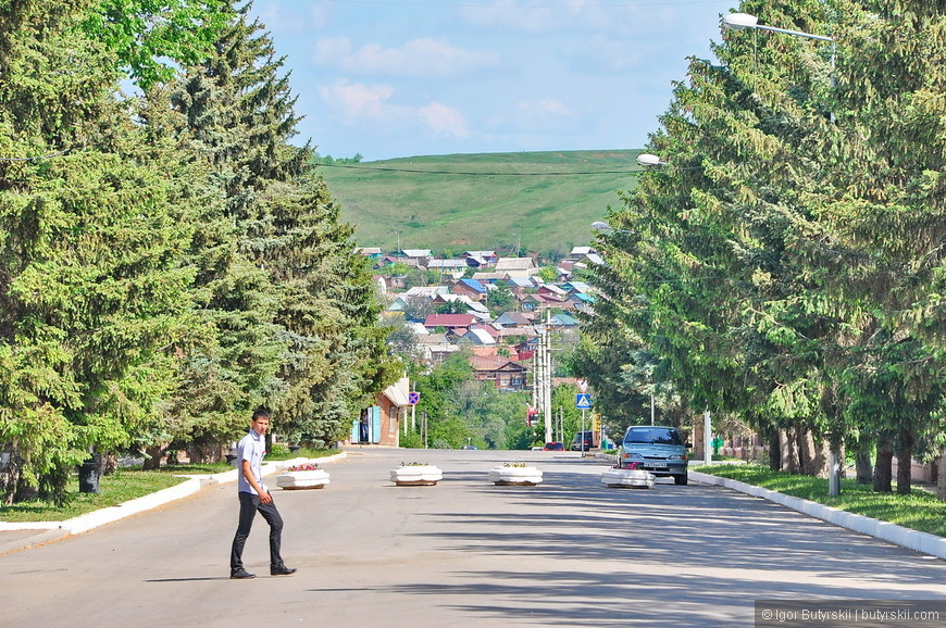 01. Бугуруслан напоминает большую деревню, даже не так – он и есть большая деревня.