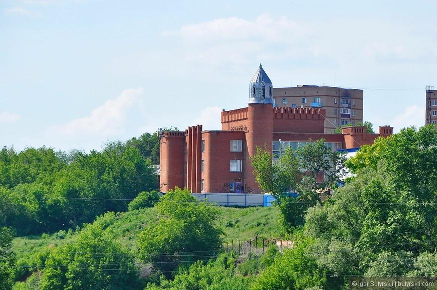 30. Ужасающий замок. Очень страшное здание.