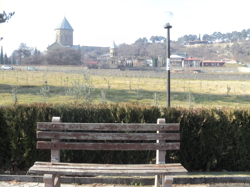 Мцхета. Вид на Самтавро - женский монастырь