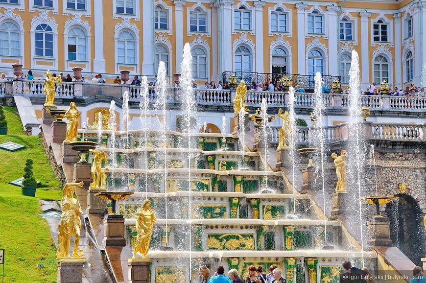 18. От фонтанов, как я уже говорил, я ожидал большего, в живую они не шокируют.