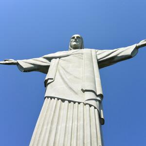Рио под защитой Христа