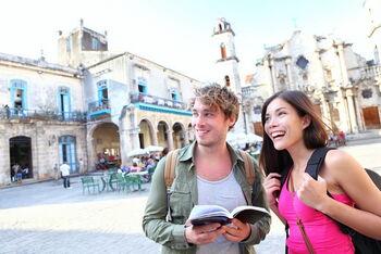 Репетитор онлайн по английскому: помощь начинающему туристу в изучении языка