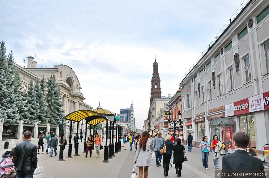 01. Улица Баумана — одна из самых старых улиц Казани. В эпоху Казанского ханства она называлась Ногайской дорогой.