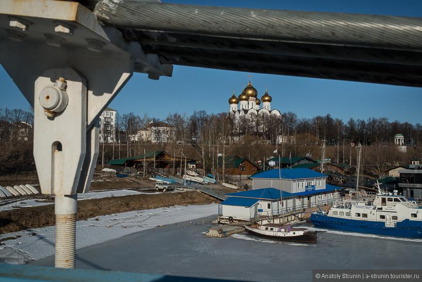 Мост через Которосль.
