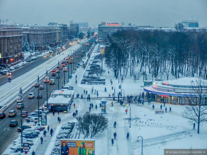"""Метро """"Парк Победы"""" , Московский проспект."""