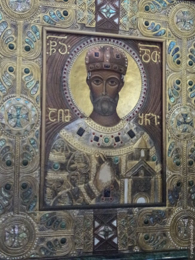 Внутри собора. Икона Давиду Агмашенебели