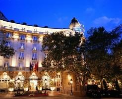 Мадридский отель «Ritz» приглашает отметить День Влюбленных в гастрономическом «стиле»