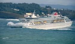 В результате сильного шторма в Средиземном море пострадали туристы