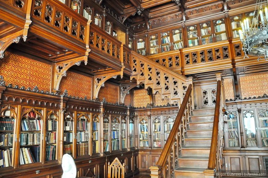 15. Какая роскошная библиотека.