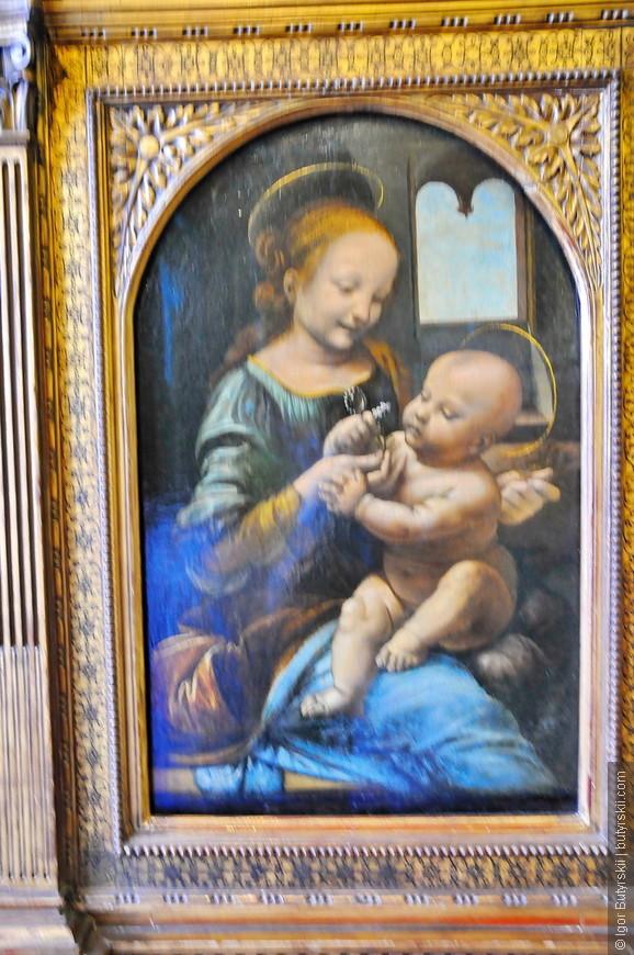 32. Леонардо да Винчи – Мадонна Бенуа.