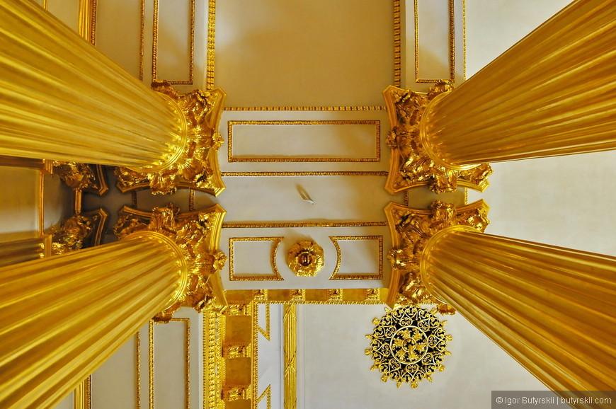 39. Золотые колонны великолепны.