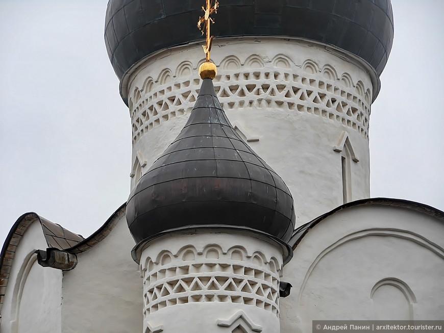 Церковь Василия на Горке. XV век.