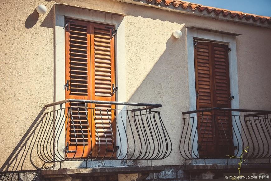 Симпатичные балкончики.